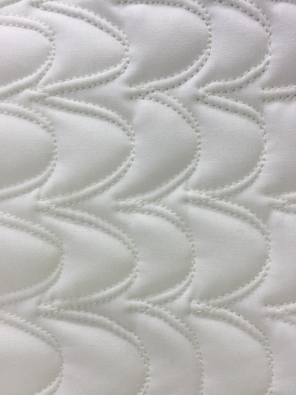 trapunto quilt white Quilt トラプントキルト フェリーサのツインニードルキルティング Twin Needle Quilting of Felisa ホワイトキルトパッチワーク