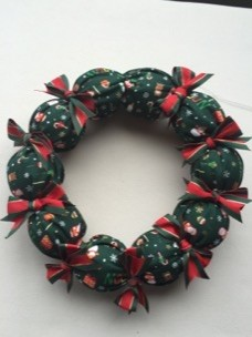 How to make a Christmas wreathクリスマスリース