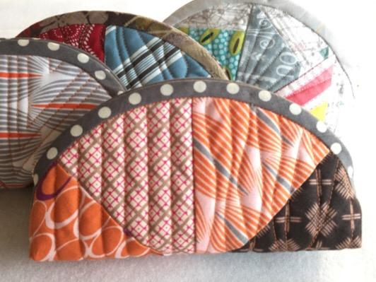 Circle フォーパッチ ポーチ サイクル ミシンキルト パッチワーク four Patch purse Quilt Patchwork Nakazawa Felisa 中沢フェリーサ