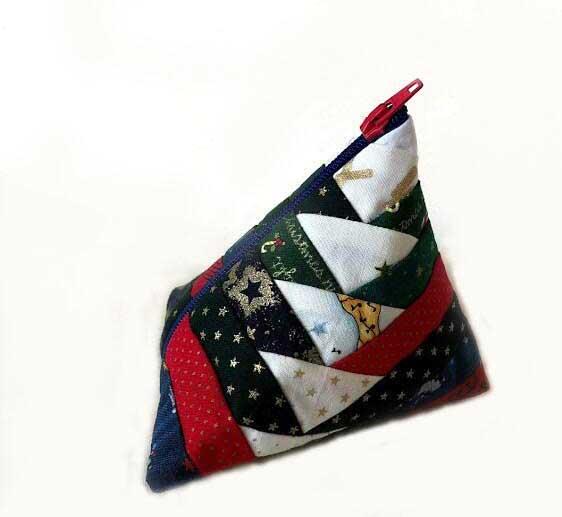 Triangle Pouch Purse Zipper テトラポーチの作り方 log cabin quilt ログキャビンキルトPineapple Quilt パインナップルキルト