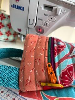 Biscornu purse ビスコーニュのポーチ Nakazawa Felisa 中沢フエリーサ Biscornu zippered purse