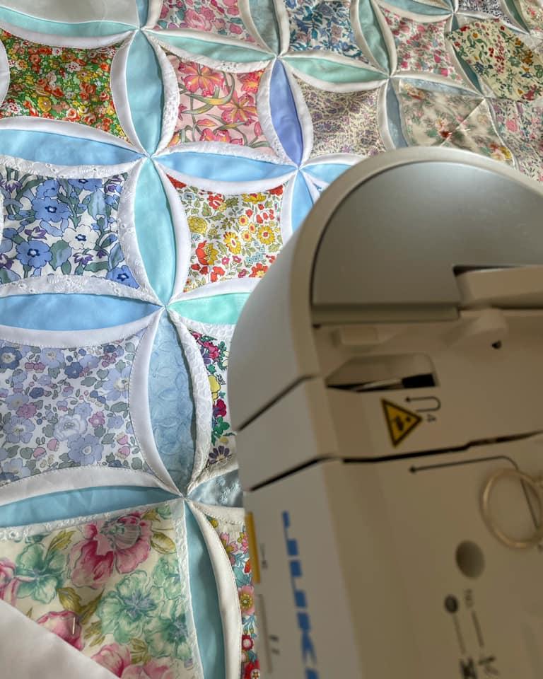 カテドラルウィンドキルトの作り方Cathedral window Quilt カテドラルウィンドの作り方Cathedral window Quilt カテドラルウィンドウ